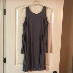 NWT Cold Shoulder Sleeved Gray Dress w POCKETS!